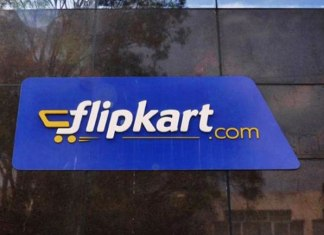 Now, book flight ticket on Flipkart via MakeMyTrip