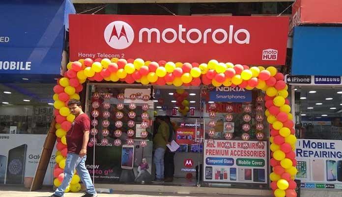 Motorola opens 50 new Moto Hub stores in western Uttar Pradesh