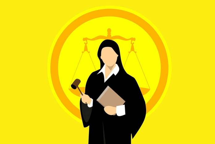 With strict laws on data privacy coming in, expert legal advice can't be an afterthough for startups and small businesess.