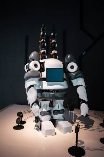 working of a robot