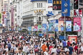 Shanghai's Nanjing Road (image via Shutterstock)