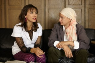 Rashida Jones (l) and Samantha Morton in Decoding Annie Parker