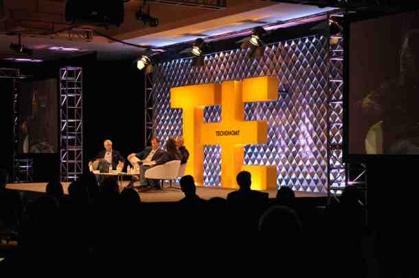 The opening session at TE11 (photo: Robert Hines)