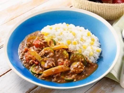 メガロスが考案した「ゆるっとメンテフィットネス」と エスビー食品提供の「ゆるっとメンテカレー」レシピ3選