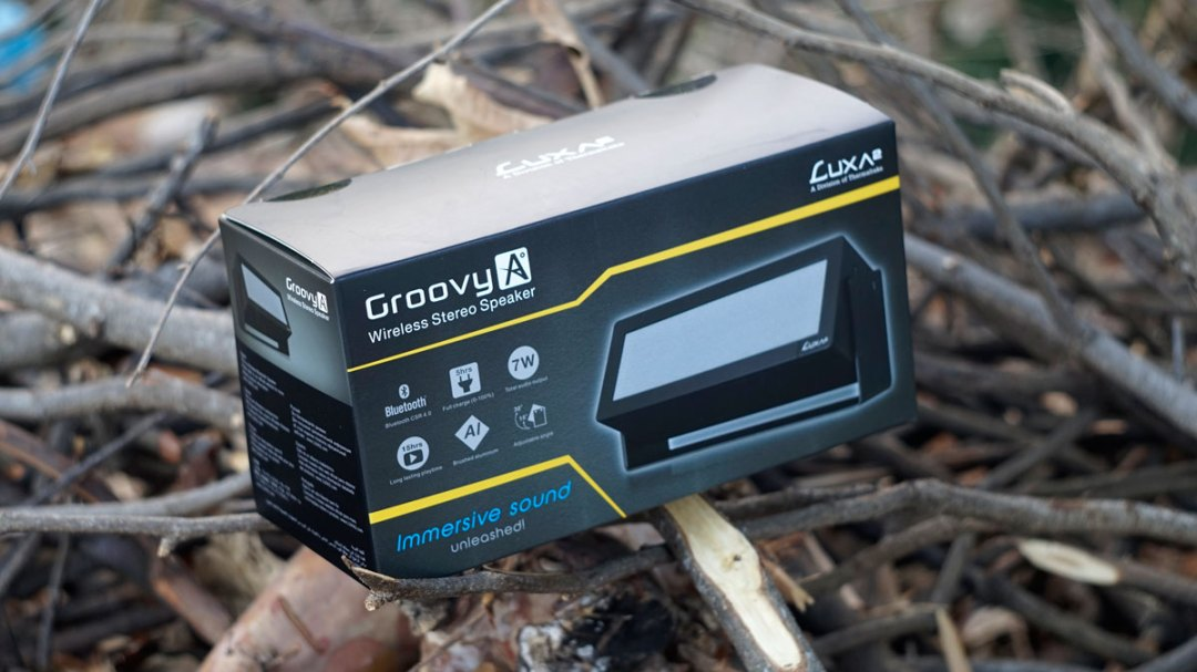 LUXA2 GroovyA Wireless Speaker (1)