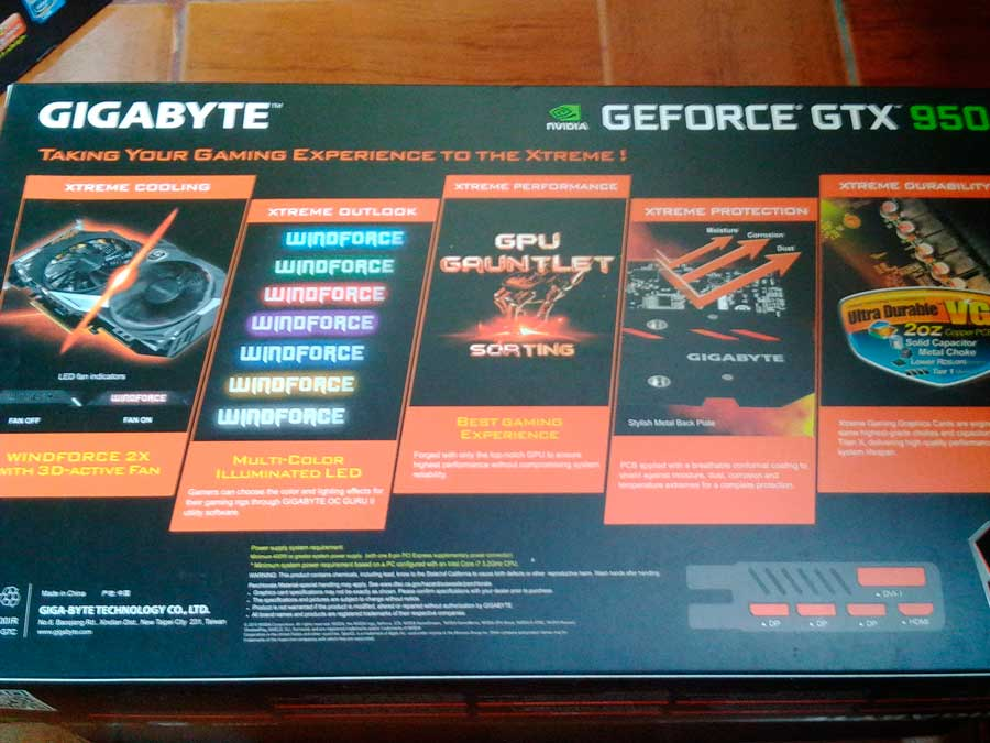 GIGABYTE GTX 950 XTREME GAMING Extras (2)