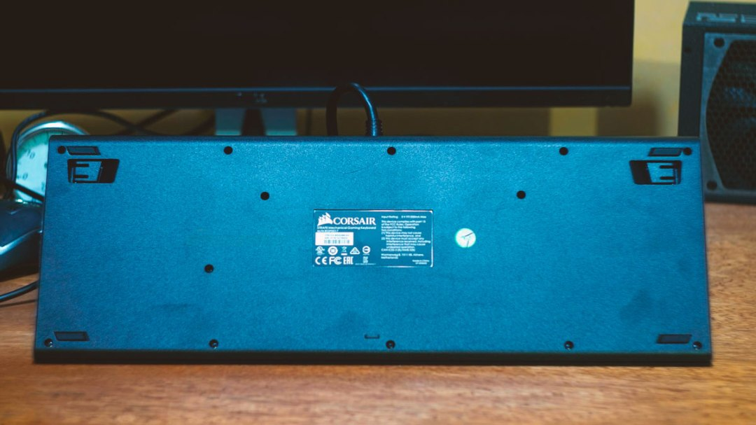 Corsair Strafe Mechanical Keyboard (4)