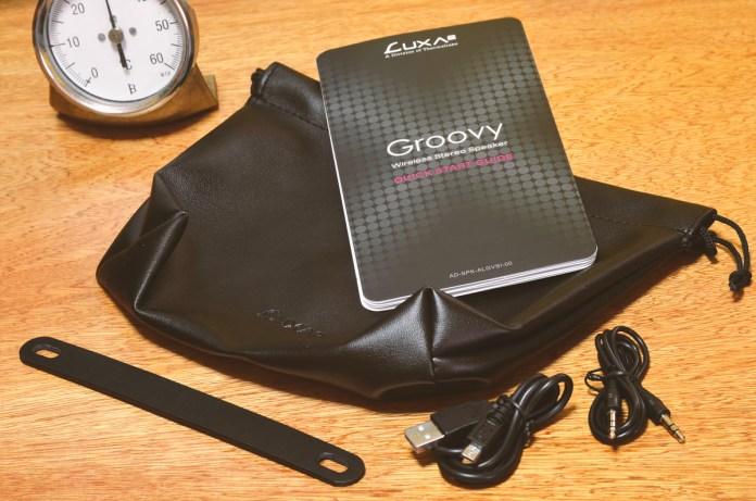 LUXA2 Groovy Wireless Stereo Speaker (4)