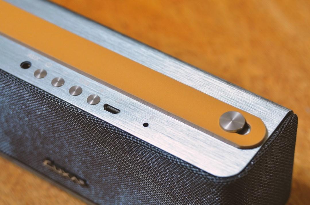 LUXA2 Groovy Wireless Stereo Speaker (7)