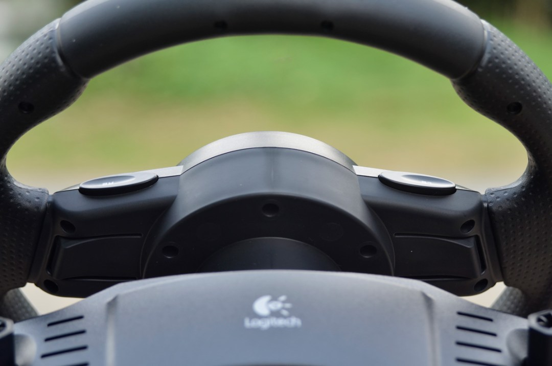 Logitech Gaming Driving Force GT (6)