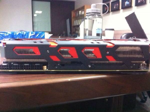 PowerColor R9 295X2 Devil13 Tease (3)