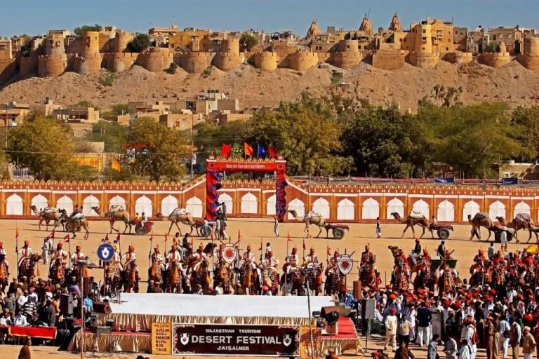 Tips for renting a car to Jaisalmer Desert Festival