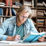 What is the purpose of focusing in Essay Writing