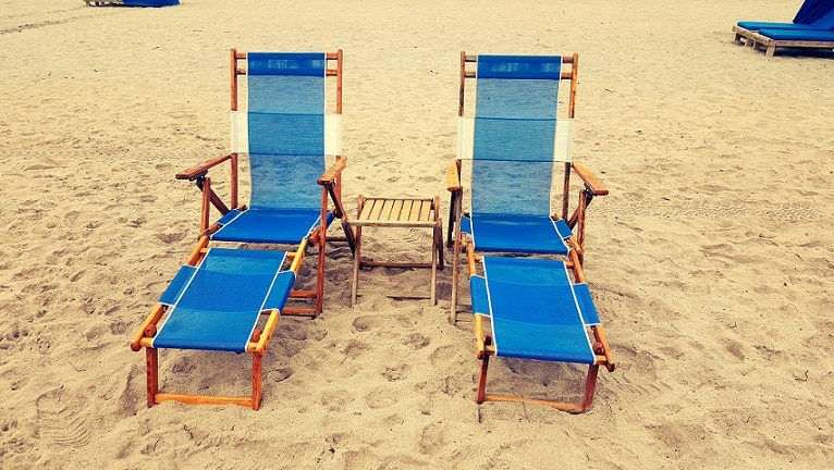 folding chairs useful for outdoors