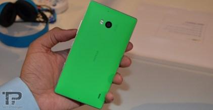 microsoft-dubai-lumia-930-4