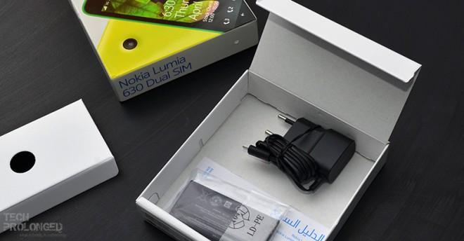 lumia-630-unboxing-9