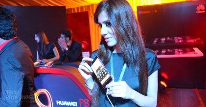 huawei-p8-launch-event-pakistan-3