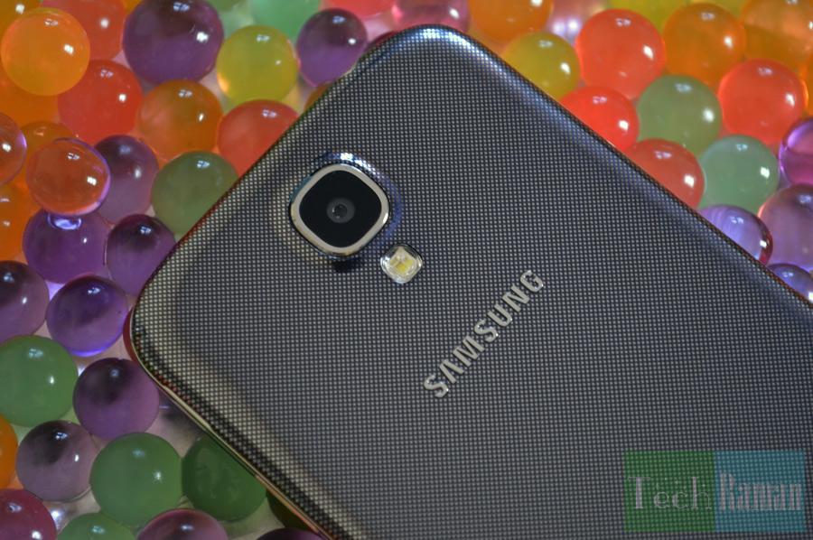 Galaxy-S4-rear-camera