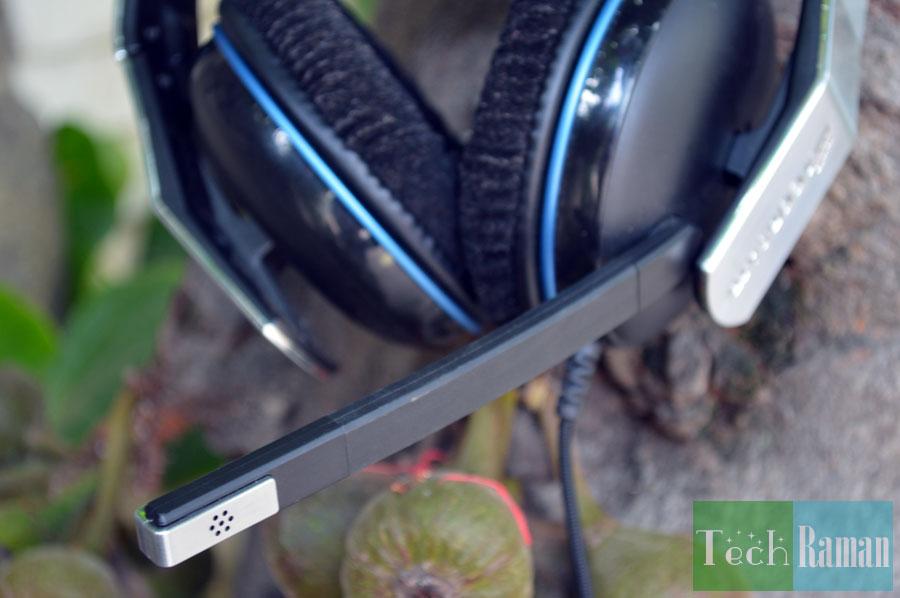 corsair-vengeance-1500-microphone