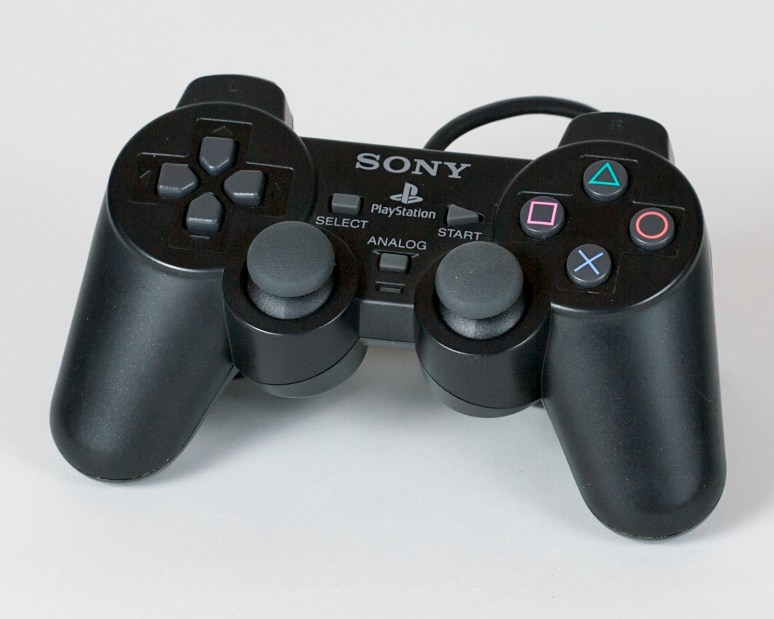 PS 2 controller