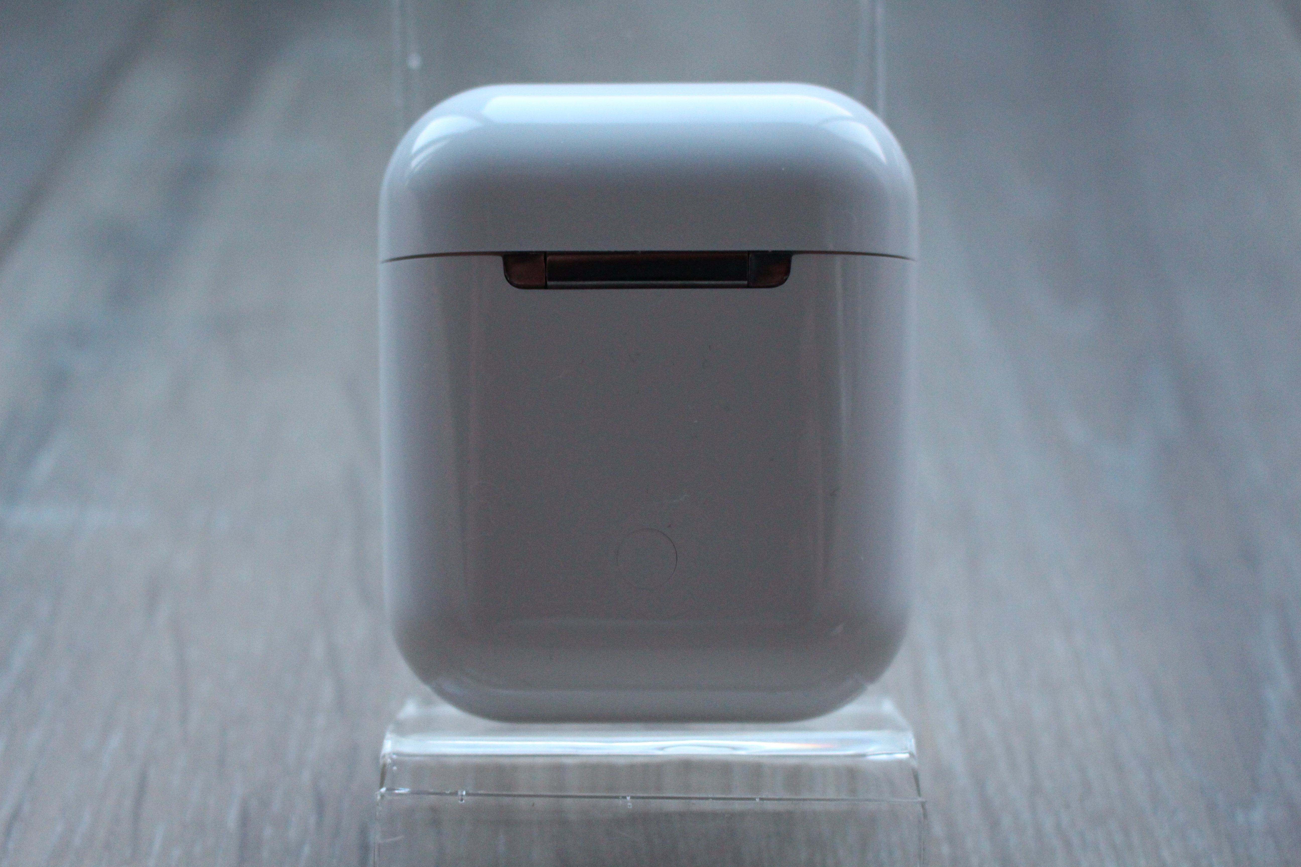 apple airpods 2 back side