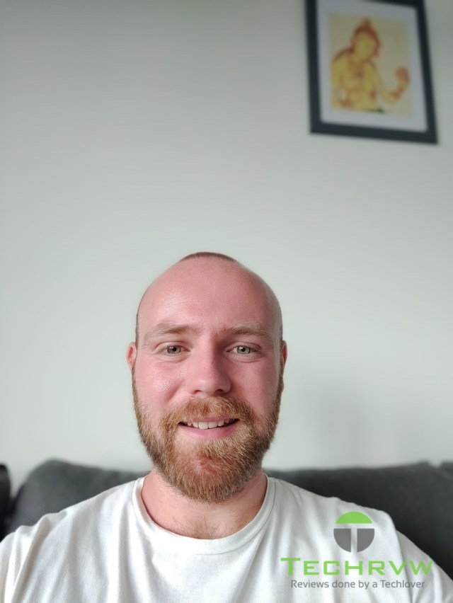 OnePlus Nord Selfie Camera 004