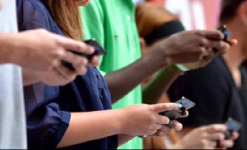 gen-z-smartphones