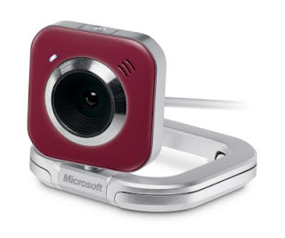Keeping in Touch With Loved Ones: Microsoft LifeCam VX-5500 and Wireless Mobile Mouse (plus giveaway!)