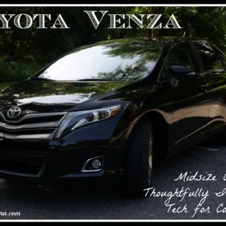 Toyota Venza: Midsize Crossover Thoughtfully Integrates Tech for Convenience
