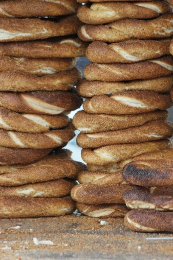 Sesame seed covered breads in the shape of rings are sold all over Istanbul. © 2015, Leticia Barr All Rights Reserved