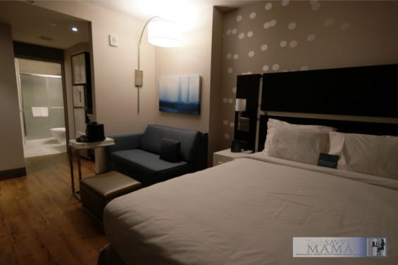 Traveling to NYC? Why Your Family Should Stay at Homewood Suites New York/Midtown Manhattan Times Square. Photo of room by Leticia Barr, TechSavvyMama.com