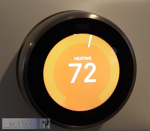 Nest Thermostat Heating Screen © 2015 Leticia Barr TechSavvyMama.com
