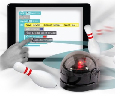 OzoBot Bit and Blockly featured on TechSavvyMama.com's 2015 Best Best STEM Gifts for All Ages