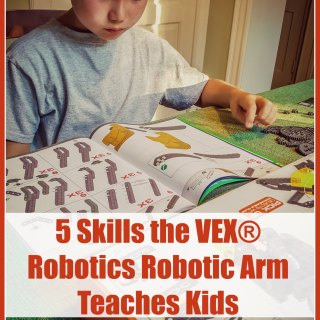 Learning About Robotic Arms & What Kids 8+ Can Learn with Hexbug® VEX® Robotics Robotic Arm