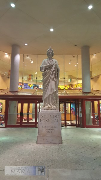 St. Jude Statue at St. Jude Children's Research Hospital — TechSavvyMama.com