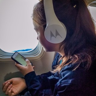 6 Features Tweens and Teens Look for in a Great Pair of Headphones