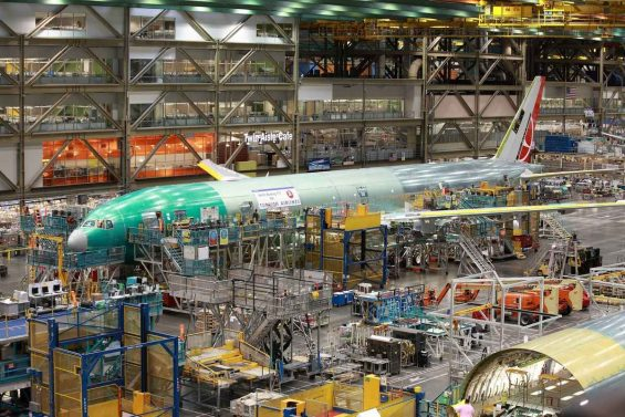 Future of Flight Aviation Center and Boeing Tour