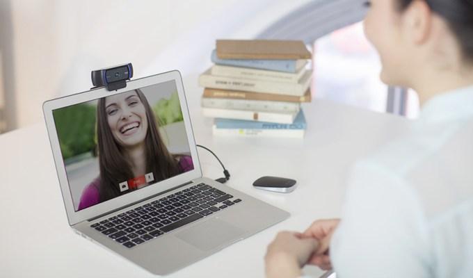 5 Teacher Tech Essentials for Virtual Classrooms