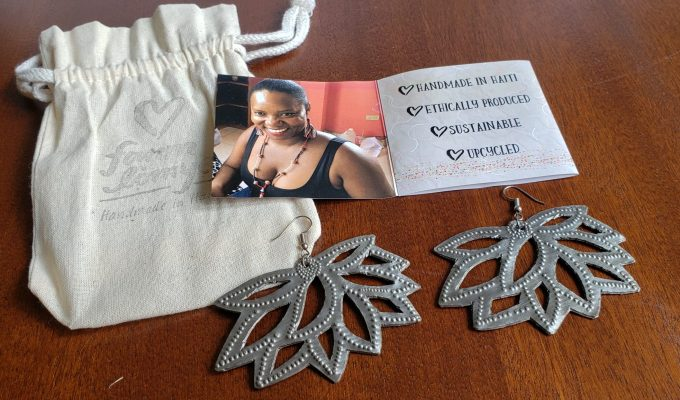 How Fair Trade Gifts Support Women in Haiti and Iraq (w giveaway)