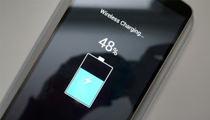 HOW TO CONVERT A SMARTPHONE CHARGER INTO A WIRELESS CHARGER