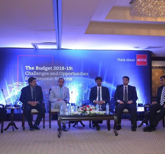 """ACCA Pakistan hosts discussion on """"The Budget 2018–19: Challenges and Opportunities for Economic Reforms"""" in Lahore"""