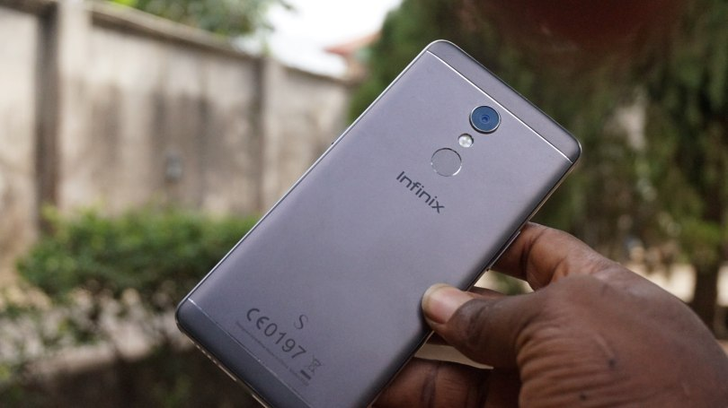 Infinix hot S2 hands-on review