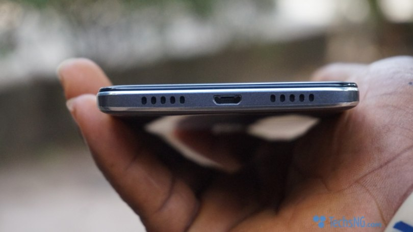 infinix hot s2 speaker placement