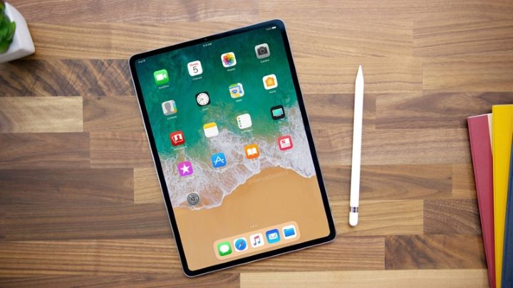 Apple iPad Pro 11 tablet for teachers