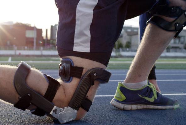 Knee Braces1