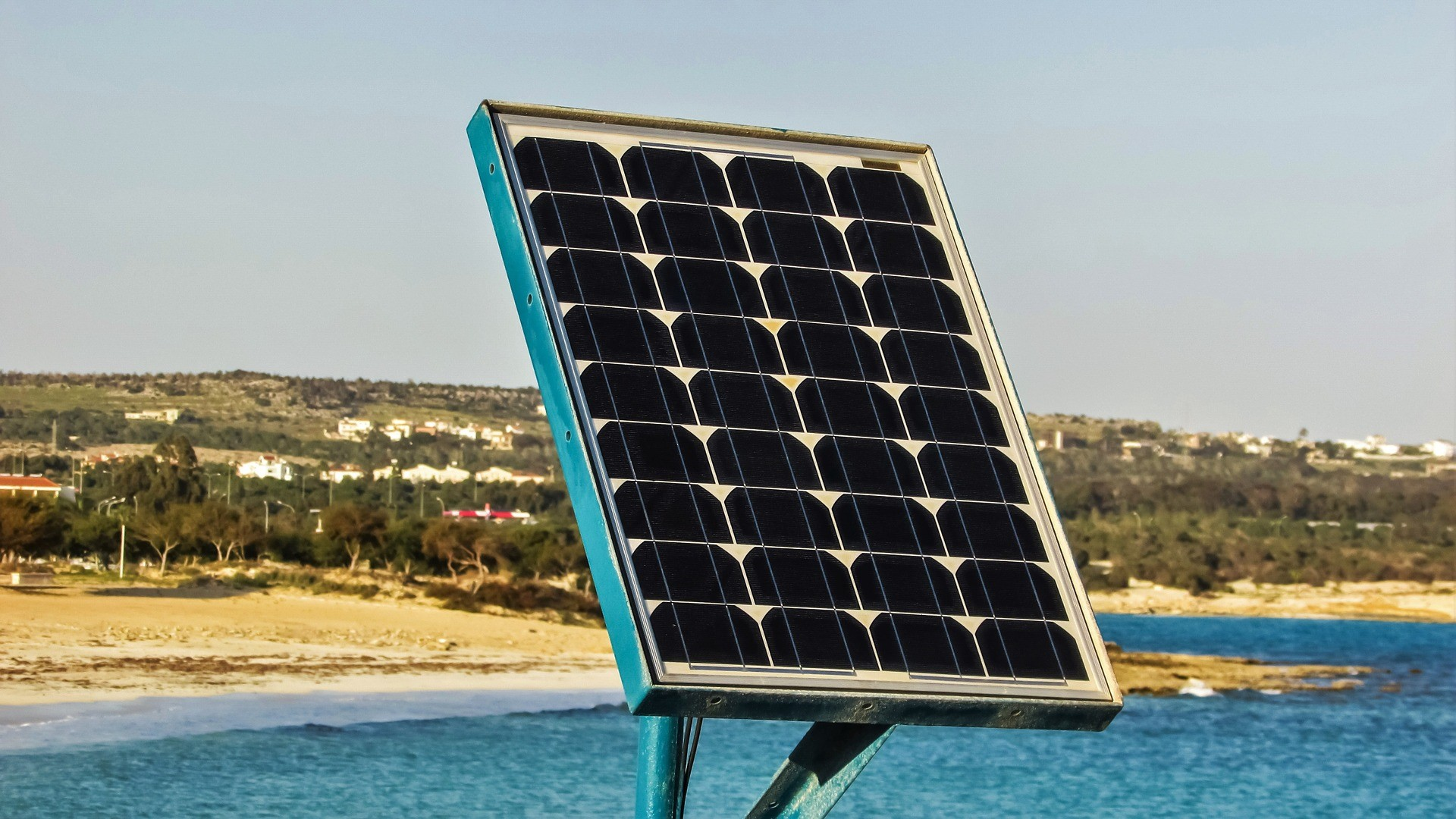 Here Are The Reasons Why You Should Use Solar Power !