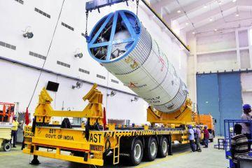 isro launches communication satellite