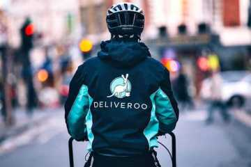 deliveroo raises funding