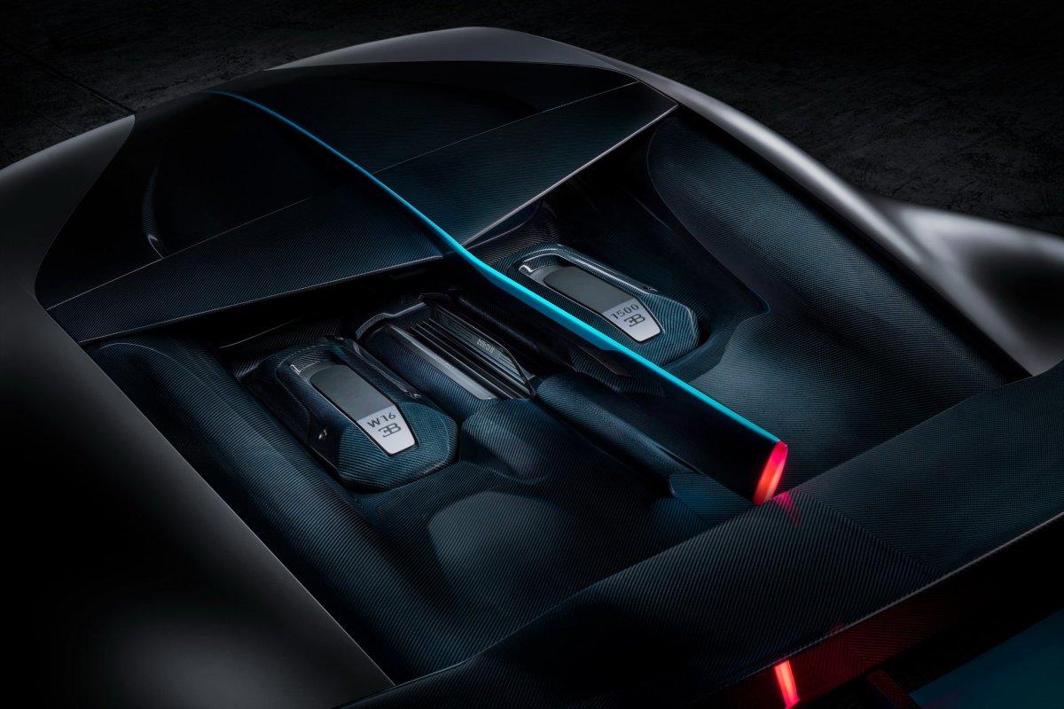 Bugatti W16 engine power Divo