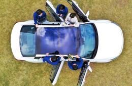 Hyundai solar panel car roof